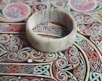 Antler ring number 59, naturally shed, uk size H and a half
