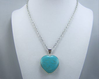 T126, Turquoise Dyed Magnesite Heart Pendant Necklace