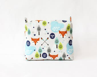 Fox clouds pouch-M, travel pouch, cosmetic bag, makeup bag