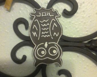 JAILBIRD OWL MAGNET