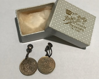 Vintage Queen Elizabeth II Coin Costume Screw Back Earrings