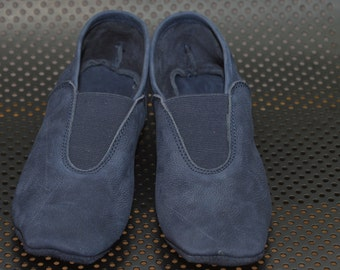 Slippers, dance, yoga shoes, sports shoes