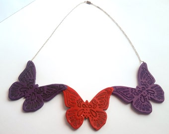 Double-sided tris butterflies necklace