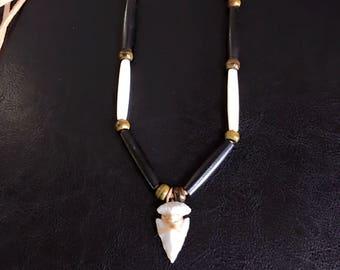 Native American Arrowhead Necklace - Sage Blessed - Hand Knapped Agate Arrowhead - Buffalo Bone Beads - Buckskin Adjustable Lace - Sioux