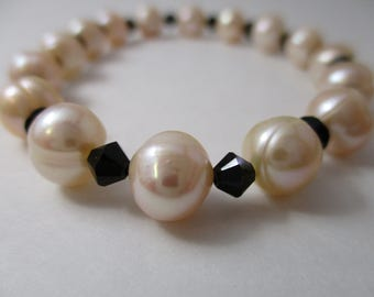 Pearls and Crystals Bracelet, Stretch Bracelet, Mothers Day, Peach Cultured Fresh Water Pearls and Swarovski Crystal Bracelet,