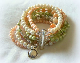 MULTI STRAND BRACELET - light green and peach