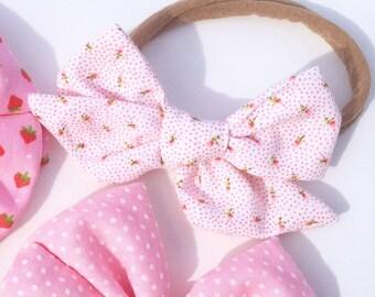 Vintage Fabric Handtied Janie Bow