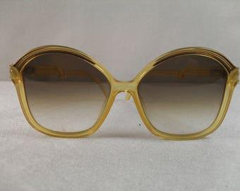 Christian Dior oversized sunglasses, Vintage sunglasses, retro sunglasses, sunnies,Christian Dior butterfly sunglasses
