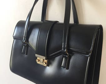 Vintage black synthetic leather purse