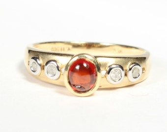 14k Gold Ring Garnet Diamond Cabachon Gift for Her Birthday January Birthstone