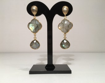 Exclusive SilsJewels handmade gemstone earrings with Labradorite, Sterling Silver (925) 22 k gold plated.