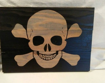 Skull and crossbone reclaimed wood wall plaque