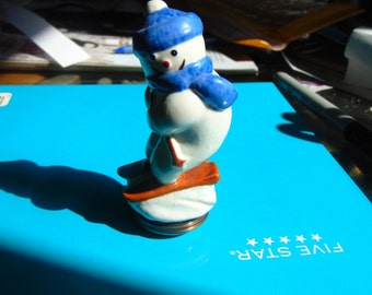 Halcyon Days Bonnbeder Snowman Skiing treasure box