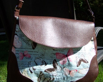 Expandable Butterfly Purse with Faux Leather Accents