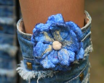 Flower Felt Brooch, Felted Flowers Waldorf, Ornament Felt, Felt Flower, Needle felted flower, Flower blue, Gift for mom