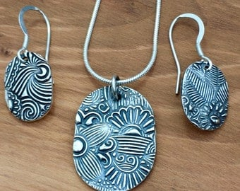 Pure silver dog-tag style patterned pendant and earrings, pretty jewellery set, floral detail, gift for her, gift for mum, Birthday present