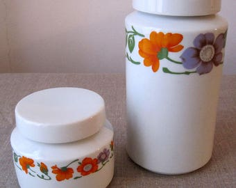 2 70s porcelain spice jars. The old collection .inside Lidded vintage.objet table.glass.Objet art