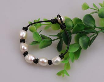 "Handknotted Freshwater Baroque Lirregular Pearl Bracelet,Women Pearl Leather Bracelet,Beaded Jewelry,Six Pearls Bracelet For Girls Teens 8"""