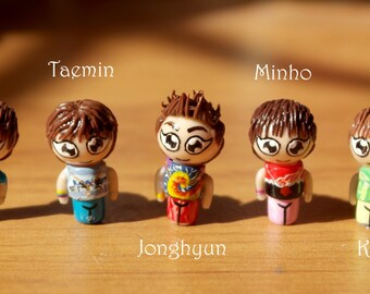 """Mini figurines of KPOP SHINee boysband, collection """"Juliette"""", make your choice, unique figurines ideal for pendants"""