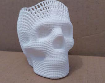 Wireframe skull pencil holder, 3d printed, 8cm tall