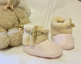 Baby Boggsies Sherpa Booties-Pink winter boots-Baby Girl- holiday gift-newborn