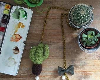 "Necklace ""funny woolly cactus"""