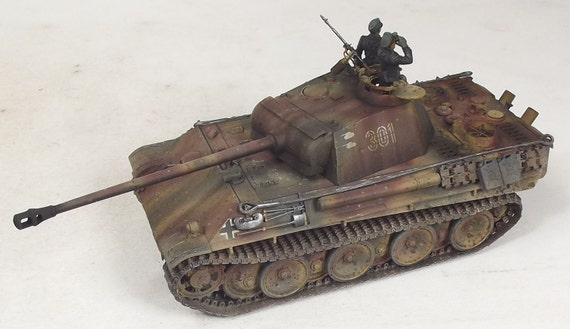 1/35 Built Panther with Friulmodel Metal Tracks