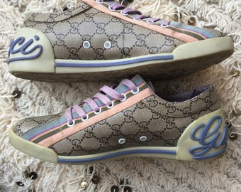 Rare Vintage GUCCI Limited Edition GG LOGO Tennis Shoes Sneakers Sports Shoes Athletic Trainers Vintage Logos