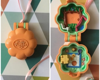 Medallion Polly Pocket Bluebird 1991