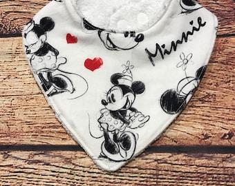 Minnie Mouse dribble bib// drool bib// bandanna bib// newborn bib// baby shower gift