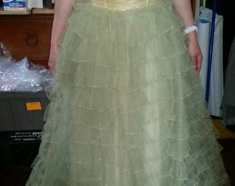 Vintage 1950's Mint Green Tulle Prom Dress  • 50's Strapless Prom Dress