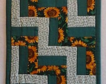 Sunflower Rail Fence Table Runner