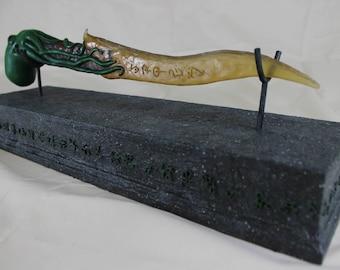 Cthulhu worshiper dagger - Green