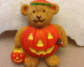 Vintage Bear Pumpkin Pin