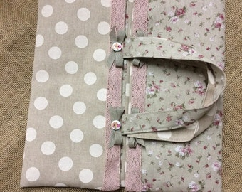 Cotton cake carrier