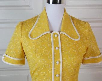 1960s Spanish Vintage Dress, Yellow White 1960s Midi Dress, Yellow Floral Pattern Spring Summer Dress: Size 6 US, Size 10 UK