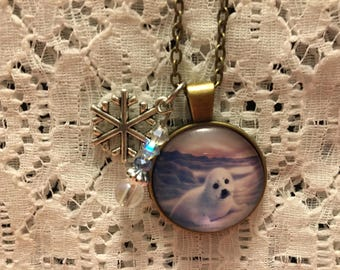 White Harp Seal Charm Pendant Necklace/Harp Seal Jewelry/Harp Seal Necklace/Baby Seal Necklace/Baby Seal Pendant/Harp Seal