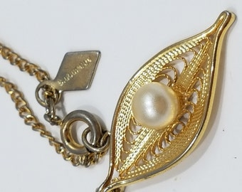 Beautifully Simple Sarah Coventry Filigree Gold and Pearl Necklace and Clip Earrings