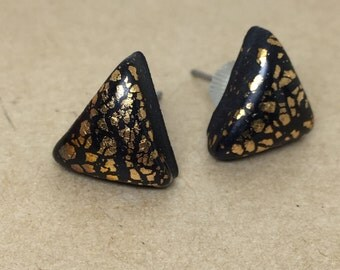 Black, gold, polymer clay, studs, earrings, triangle, jewellery.
