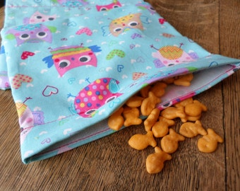 Reusable snack bag with velcro closure (Colorful Owls) / In stock and ready to ship