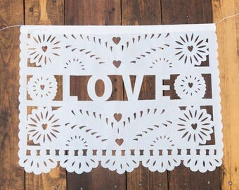 AMOR, LOVE, AMOUR, Amare, Liebe / Papel picado banner