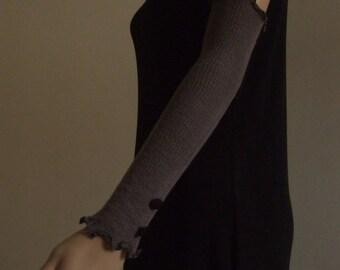 Long fingerless gloves-sleeves fancy 40 cm in beautiful soft taupe Merino yarn