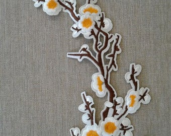 Sew on white with yellow flower patch applique