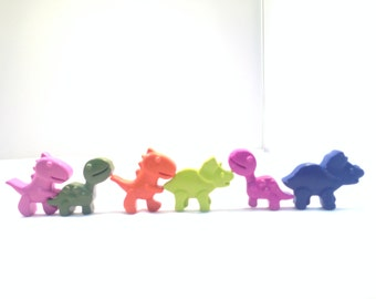 Dinosaur Crayons//Dinosaur Party Favors//Classroom Gifts//Classroom Party//Stocking Stuffers