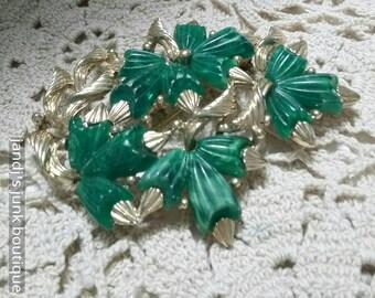 Marvella vintage green floral  brooch