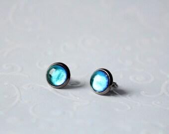 Gun metal earrings cabochon 8 mm blue turquoise metallic