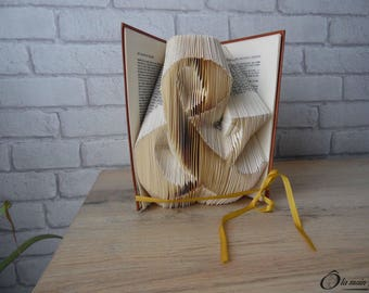 """Book Art """"Ampersand"""" - decorative object from a book - Collection A open book"""