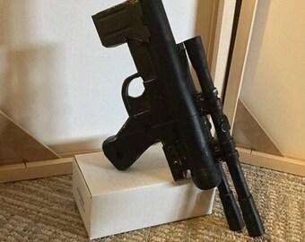 SE-14C Pistol Blaster Replica Prop