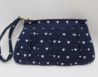 Pleated Wristlet Clutch in Navy and White