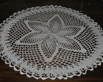 Crochet white doily / 20 inches (51 cm)